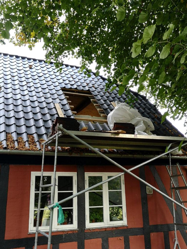 Nyt tagvindue - tømrermester Niels Gimbel